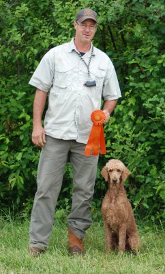 UH HRCH Southern Standards Red Creole MH getting his rosette